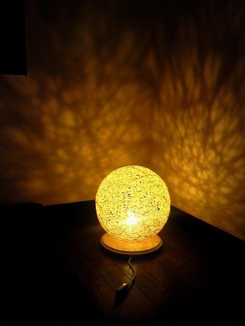これ、手作り!?風船を使ったランプシェードでおしゃれ照明作り☆